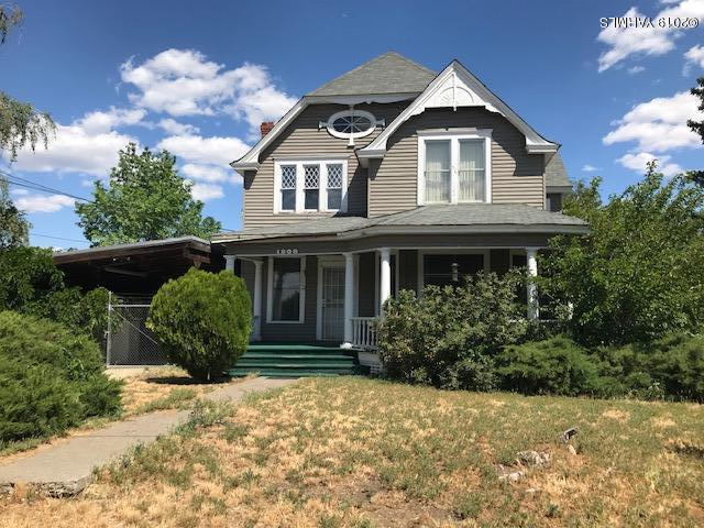 1209 N 4th St, Yakima, WA 98901 (MLS #19-1229) :: Results Realty Group