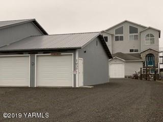 1037 SW Sand Dune Ave, Ocean Shores, WA 98569 (MLS #19-1388) :: Heritage Moultray Real Estate Services