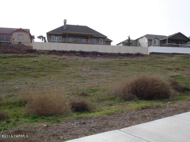 NNA Heritage Hills Ln Lot 18, Selah, WA 98942 (MLS #19-2259) :: Heritage Moultray Real Estate Services
