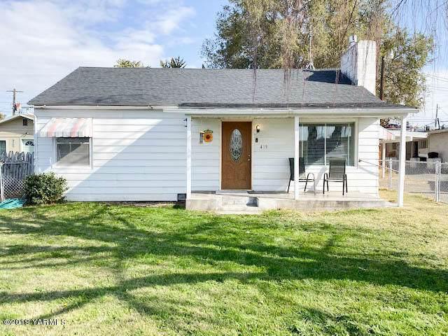 419 S 49th Ave, Yakima, WA 98908 (MLS #19-2597) :: Joanne Melton Real Estate Team