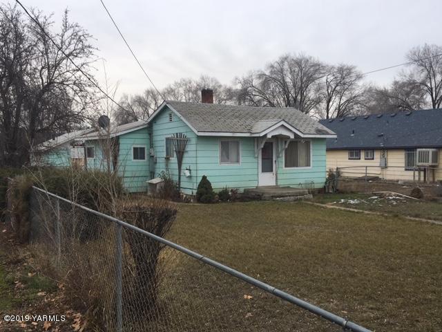 2108 Jerome Ave, Yakima, WA 98902 (MLS #19-266) :: Results Realty Group