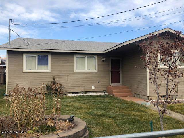 1401 Garrett St, Yakima, WA 98902 (MLS #19-2846) :: Joanne Melton Real Estate Team