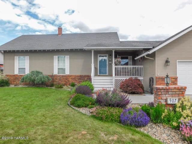 907 S 77th Ave, Yakima, WA 98908 (MLS #19-2847) :: Joanne Melton Real Estate Team
