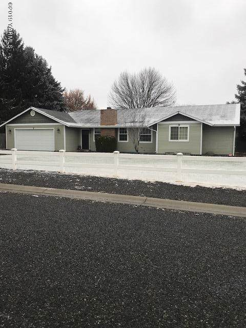 5179 Lyons Lp, Yakima, WA 98903 (MLS #19-3002) :: Joanne Melton Real Estate Team