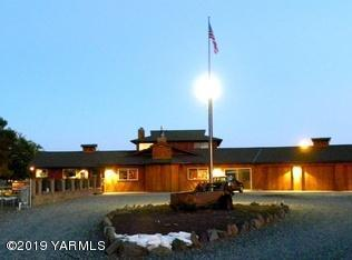 2601 Riverside Rd, Yakima, WA 98901 (MLS #19-385) :: Heritage Moultray Real Estate Services