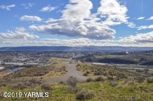 NNA Lookout Point Dr, Selah, WA 98942 (MLS #19-748) :: Results Realty Group