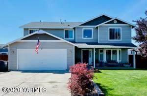 204 St. Helens Ave, Moxee, WA 98936 (MLS #20-1269) :: Amy Maib - Yakima's Rescue Realtor