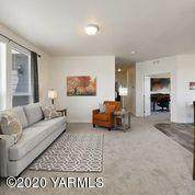 200 Bridle Way #186, Yakima, WA 98901 (MLS #20-1387) :: Heritage Moultray Real Estate Services