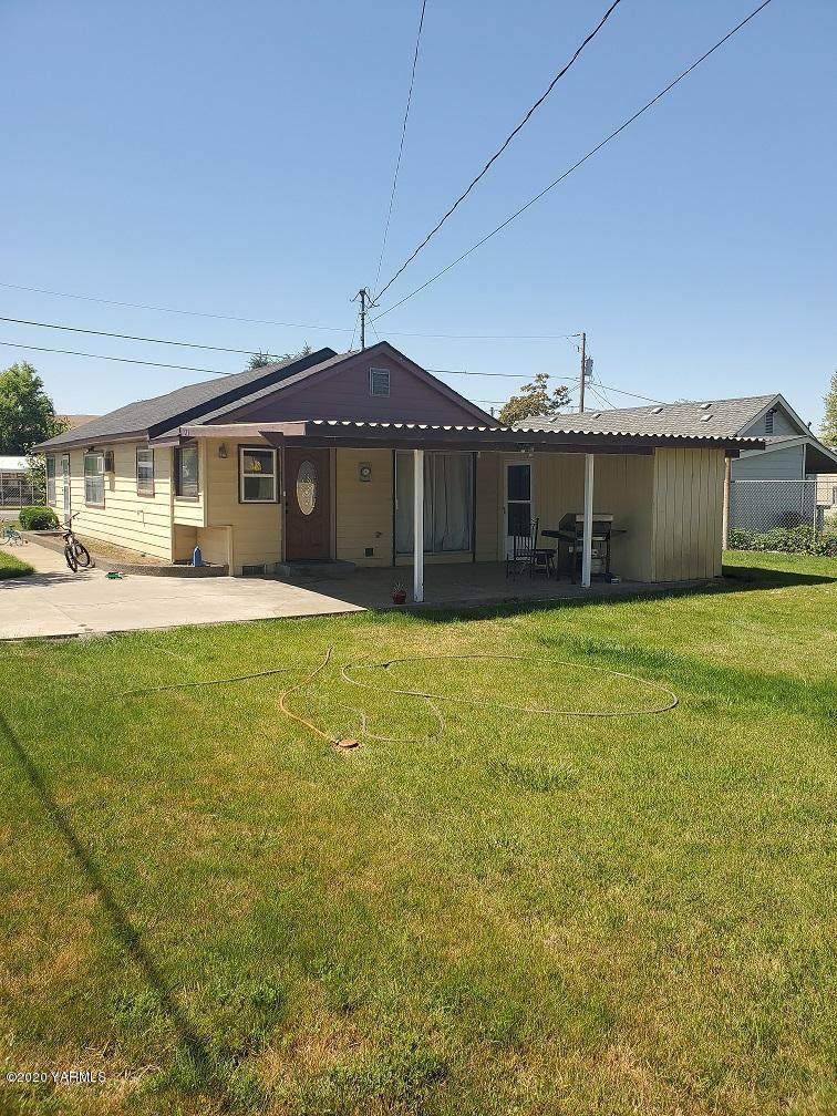 40 1st Ave - Photo 1