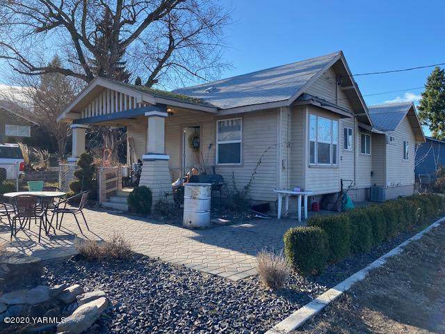 1017 Brown St, Prosser, WA 99350 (MLS #20-28) :: Heritage Moultray Real Estate Services