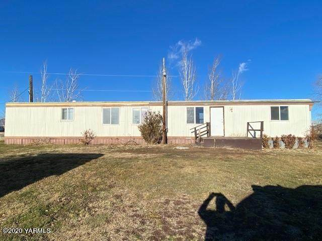 9031 Naches Heights Rd - Photo 1