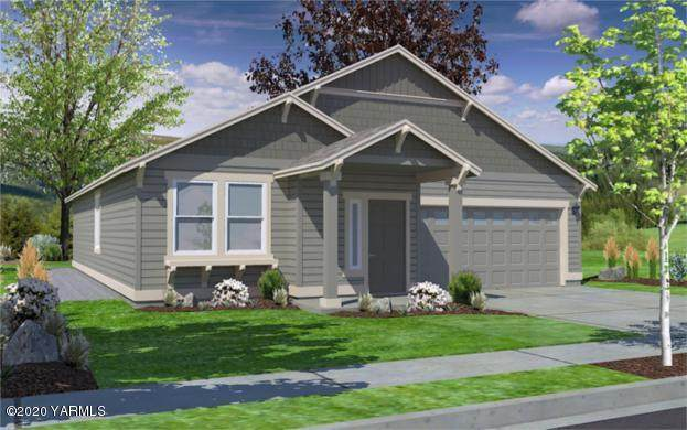 2201 S. 62nd Ave, Yakima, WA 98903 (MLS #20-296) :: Heritage Moultray Real Estate Services