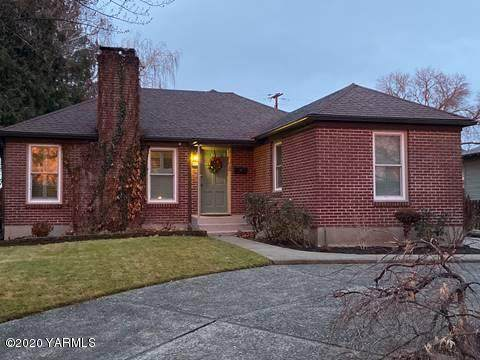 614 S 25th Ave, Yakima, WA 98902 (MLS #20-477) :: Heritage Moultray Real Estate Services