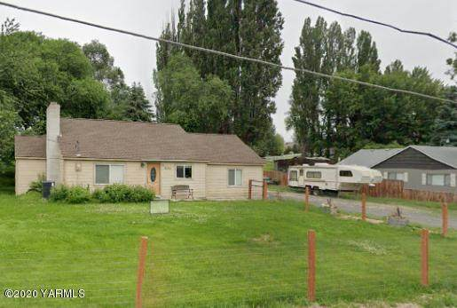 91 Selah Naches Rd, Selah, WA 98942 (MLS #20-588) :: Heritage Moultray Real Estate Services
