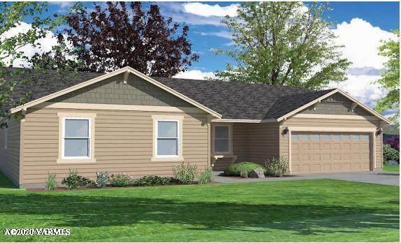 303 S 12th St, Selah, WA 98942 (MLS #20-618) :: Amy Maib - Yakima's Rescue Realtor