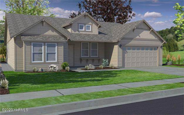 2203 S 62nd Ave, Yakima, WA 98903 (MLS #20-630) :: Heritage Moultray Real Estate Services