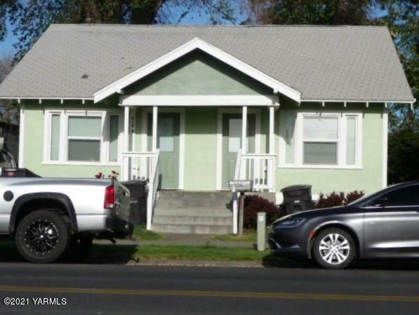 210 Pierce Ave - Photo 1