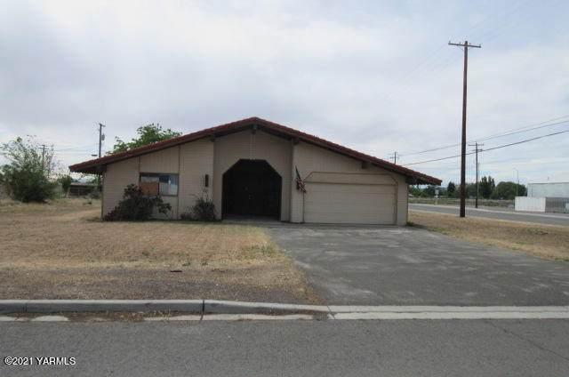 20 Skone Way, Wapato, WA 98951 (MLS #21-1181) :: Candy Lea Stump | Keller Williams Yakima Valley