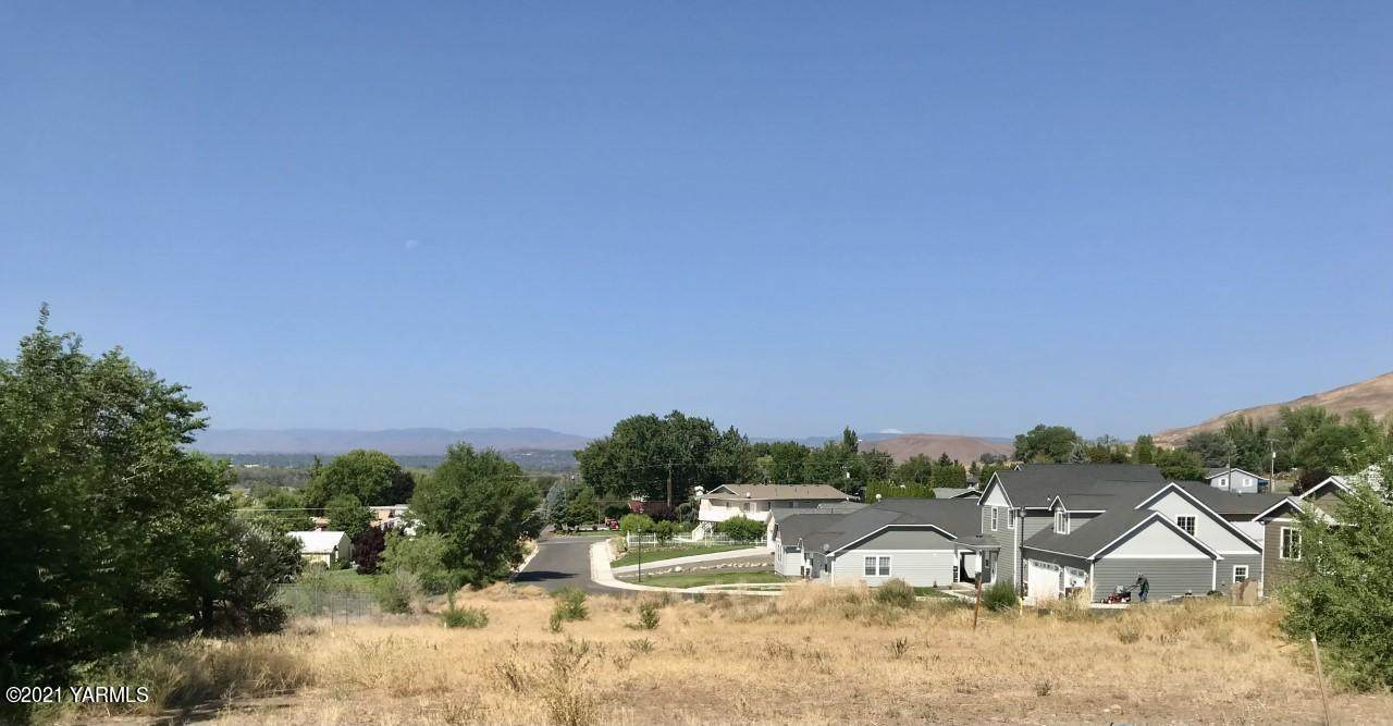 NNA Oster Dr - Photo 1