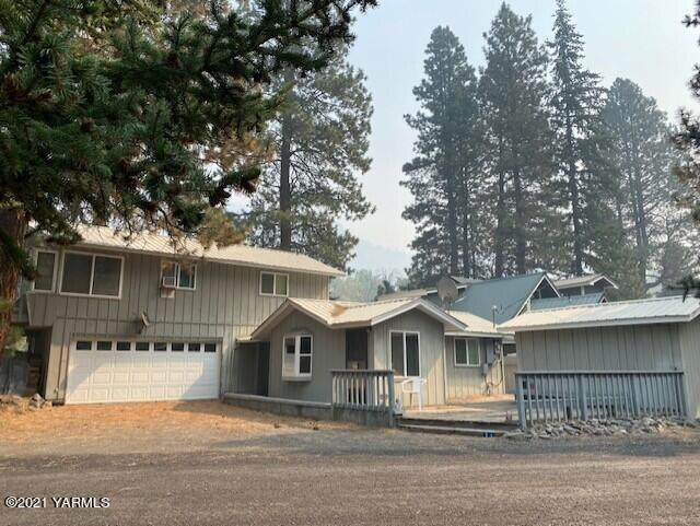 31 Pine Shore Dr, Naches, WA 98937 (MLS #21-2436) :: Heritage Moultray Real Estate Services