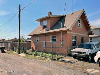 606 E Spruce St, Yakima, WA 98901 (MLS #21-2447) :: Heritage Moultray Real Estate Services