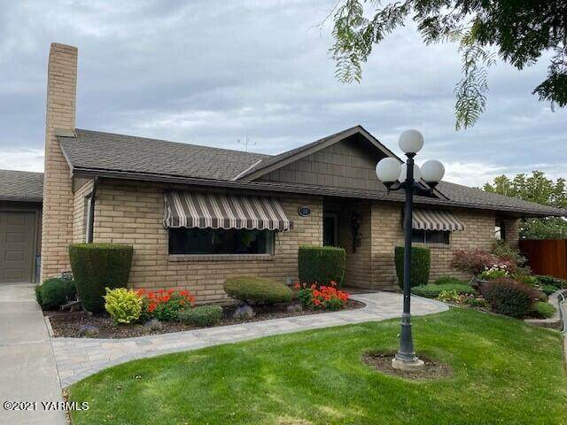 5910 W Lincoln Ave #26, Yakima, WA 98908 (MLS #21-2483) :: Heritage Moultray Real Estate Services