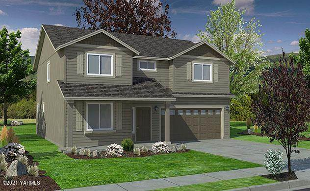 Lot 11 Hattrup Heights Ave, Moxee, WA 98936 (MLS #21-353) :: Candy Lea Stump | Keller Williams Yakima Valley