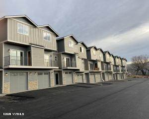 2600 Racquet Ln #7, Yakima, WA 98902 (MLS #21-37) :: Heritage Moultray Real Estate Services
