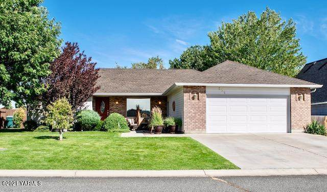 201 S 70th Ave, Yakima, WA 98908 (MLS #21-59) :: Candy Lea Stump | Keller Williams Yakima Valley