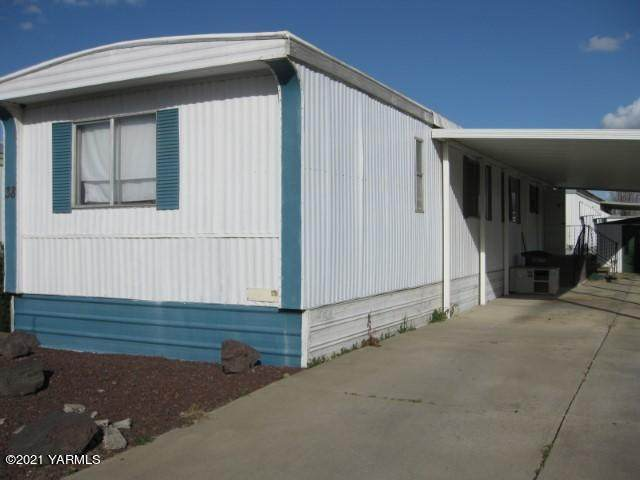 325 S 5th St #38, Sunnyside, WA 98944 (MLS #21-594) :: Heritage Moultray Real Estate Services