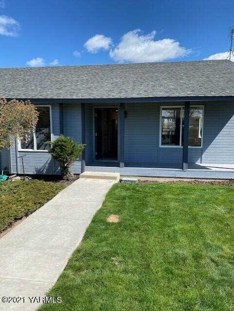 1805 Fremont Dr, Yakima, WA 98908 (MLS #21-785) :: Heritage Moultray Real Estate Services