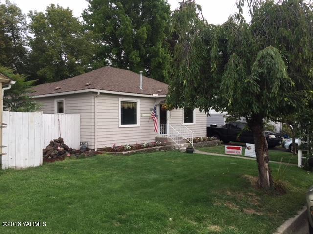 2707 Palatine Ave, Yakima, WA 98902 (MLS #18-2035) :: Results Realty Group