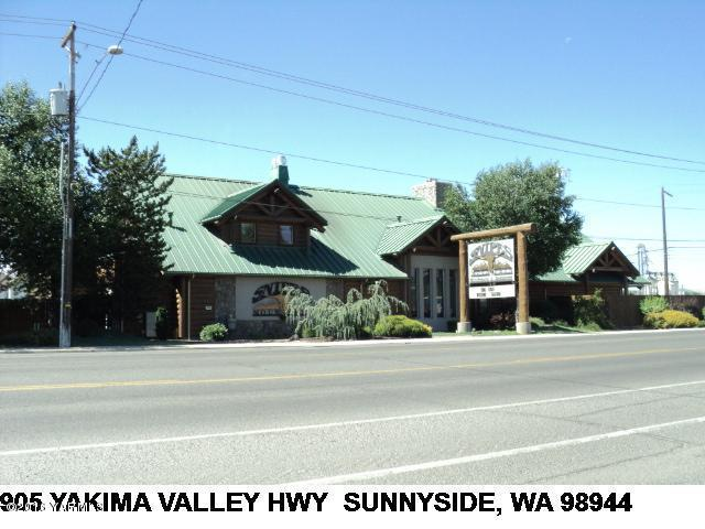 905 Yakima Valley Hwy - Photo 1