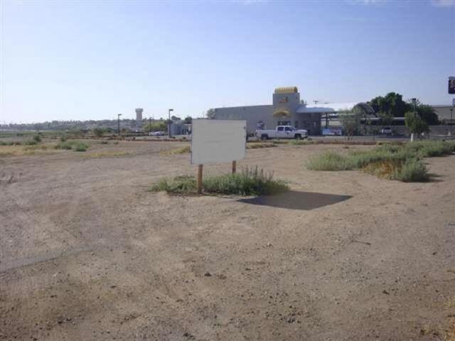 3049 S Ave B, Yuma, AZ 85364 (MLS #133454) :: Group 46:10 Yuma